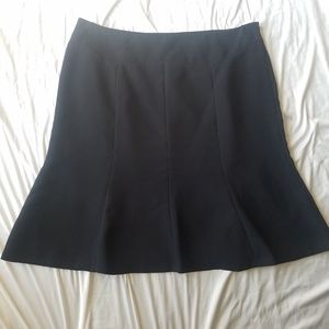 Jones Wear Essentials black A line skirt Size 18
